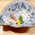 銀座 篝 - 煮干つけSOBA 並 (900円)の具 '14 11月中旬