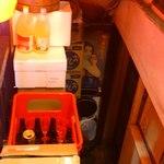 まん福亭 - 階段の半分が荷物