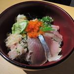えまるしぇ - 海鮮丼540円