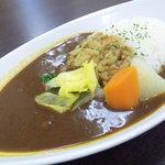 カレーショップ グリーンサム - ホクホクした温野菜がポイントのあっさり「温野菜カレー」