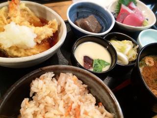 磯家 たいこま - たいこま定食  ¥1,050