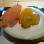 花隈 佐々木 - デザート(柿とぶどう)アップ