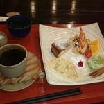 お食事処 花水木 - オムライスセットのデザートプレート
