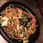 33362160 - 中太麺の焼きそばーー