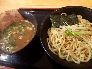 豚骨 ユニバーシティ 濃厚学部 - つけ麺(大盛り):730円