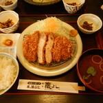 33363175 - ロースカツ定食