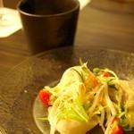 鉄板焼 二平 - ホタテのカルパッチョ~ゆず味噌そーす~とシェフ特製スープ