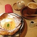 森の間CAFE - ダッチベイビーパンケーキ☆ 念願のプレーンをやっと食べれたv(´∀`*v)