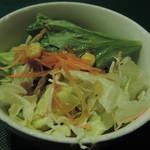 アンジェリー フレスカ - ランチのサラダ