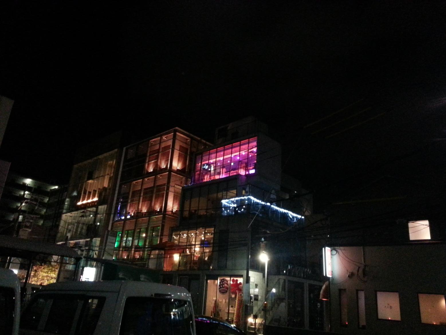 萌え萌えミニスカメイドバーLapin