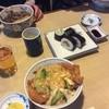 う越利 - 料理写真:カツ丼を注文しました。六甲登山後の身体にしみました〜。巻き寿司もおいしかったです(^ν^)