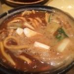 山本屋総本家 - 味噌で煮込んだうどん 2杯くらい食べたい