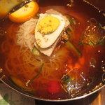 3339822 - 氷入り冷え冷え冷麺!!