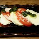 升源 - トマトとモッツアレラ、いわゆるカプレーゼですな!