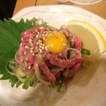 杉田もつ肉店 - 和牛ユッケ