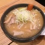 綱島の串屋横丁 - 煮込み 330円