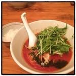 トロケの台所 - トマトラーメン・アラビアータ。 1杯あたり3個のトマト使用。麺はカッペリーニ風。 〆はライス投入でリゾットぽく。 意外と普通に美味いけど、やっぱりこれはラーメンじゃぁねぇな。