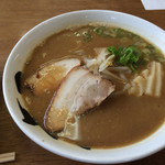 中華そば 虎子 - 中華そば 600円、チャーシュー丼ミニ 250円