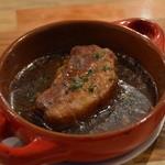 GASSE - 豚ばら肉のバルサミコ煮