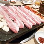 韓国家庭料理 マンナ - サムギョプサル