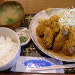 福島屋 - 料理写真:カキフライ定食¥900☆