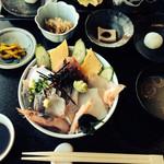 レストラン四季菜 - 海鮮丼