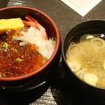 33405800 - '14.12.11  朝食バイキング 自作海鮮丼