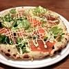 ピザ・ガーリック - 料理写真:サーモンのピザ