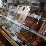 ケーキの幸屋 - 店内の雰囲気