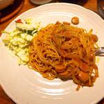 マハロ - 昔ながらのナポリタン(¥700)。もちもちとした食感、タバスコで風味UP!