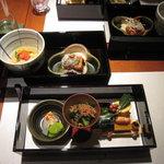 中村孝明YOKOHAMA - 二の膳と三の膳:各種盛り込み・海老シュウマイ旨煮と湯葉ステーキ