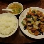 兆楽 - 酢豚+ご飯1230円