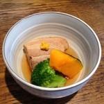 みさきや - 豚の角煮