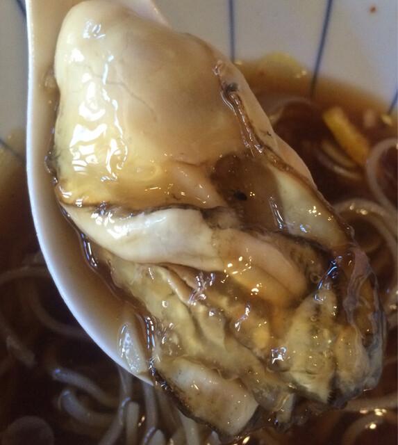 弁天 - 大ぶりな牡蠣