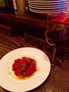 Gecky - トマトとバジルのポークソテー