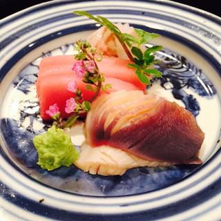 壽山 - ヒラメ、マグロ、つぶがい