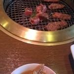 33433955 - 食べ放題お肉とモツ煮込み