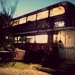 33442047 - ロンドンを走る2階建バスがまさかのビストロ?!