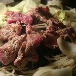 33448037 - 食べ放題肉の焼いたマトン