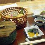 Nihonryourisetouchi - ランチタイムの「花籠御膳(?)」