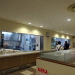 JICA東京食堂 - 社食の様なカフェテリアレーン