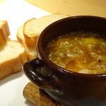 GOTTI - 香り豊かな四種の茸アヒージョ