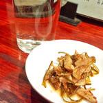 中華めん処 道頓堀 - 日本酒 ( 熱燗 ) + お通し   ( 2014/12/13 )