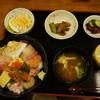 海鮮亭 いっき - 料理写真:海鮮丼定食1080円