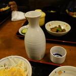 海鮮亭 いっき - 日本酒、加賀鳶を燗無し大徳利で、600円