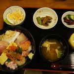 海鮮亭 いっき - 海鮮丼定食1080円
