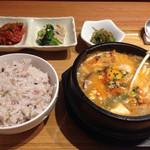 韓国料理 HARU - ランチ…純豆腐チゲ