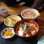 めん道場 - かつ丼セット730円