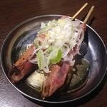 四文屋 - レバ冷製串(1本100円)