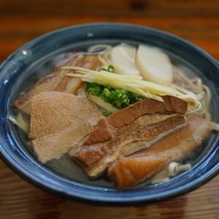 首里そば - 料理写真: